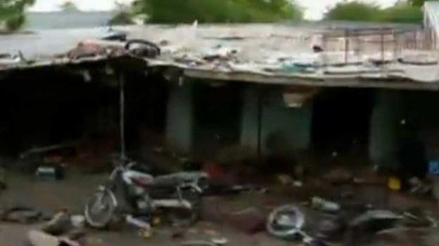 noticias internacionales Descubren cientos de cuerpos en una aldea al noreste de Nigeria.