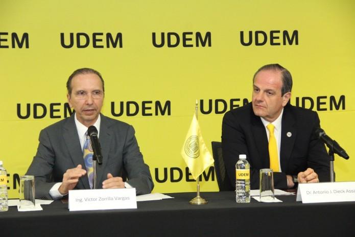 noticias monterrey UDEM resaltó su programa de becas.