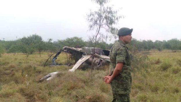 noticias monterrey se desploma avioneta en campo militar