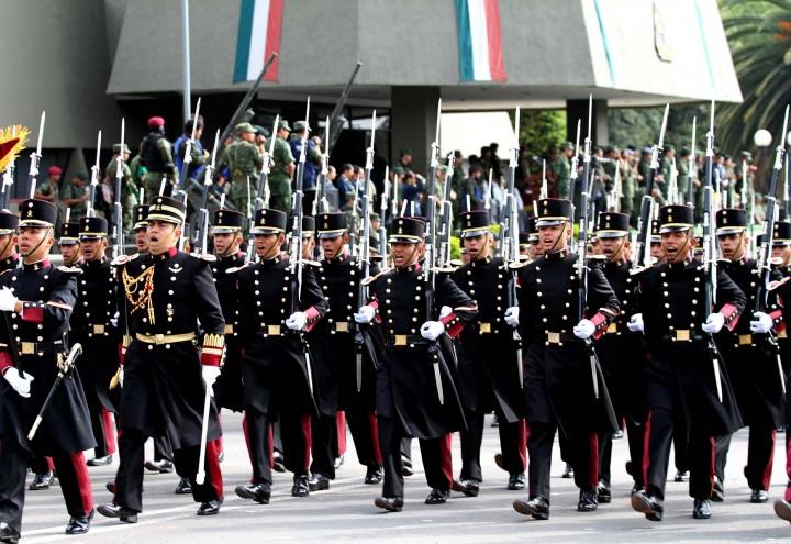Heroico Colegio Militar Caballeria el Heroico Colegio Militar es