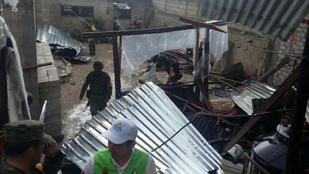 Las personas afectadas recibirán láminas, despensas, cobijas y medicamentos en las próximas horas, informaron las autoridades estatales