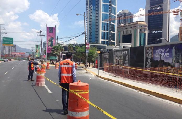El alcalde Ugo Ruiz afirmó que los especialistas determinarán la situación existente en la avenida y definirán si ésta permanece cerrada o no