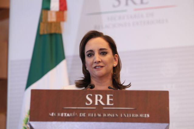 SRE_Claudia_Ruiz_Massieu-3