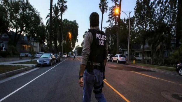noticias internacionales detienen a migrantes en operativo