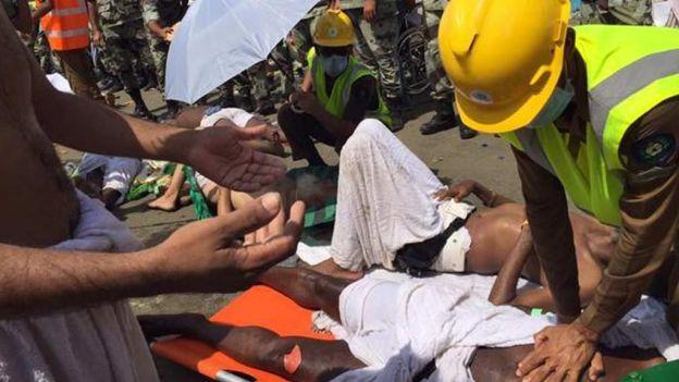 noticias internacional centenares de muertos por estampida humana