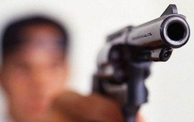 Niño de tres años mata a su hermano jugando a policías y ladrones