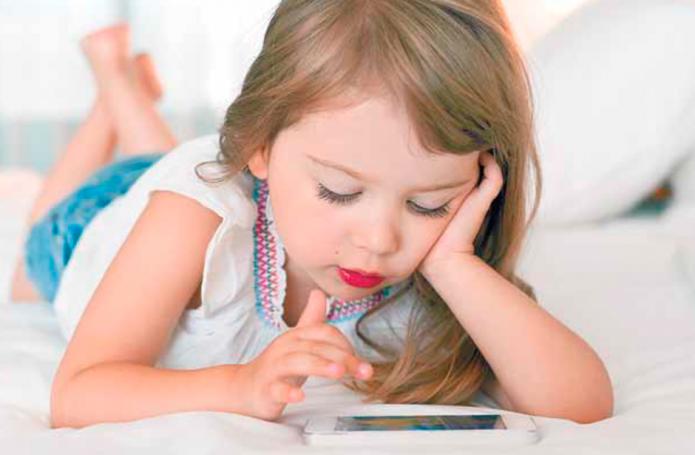 Smartphone, la nueva niñera
