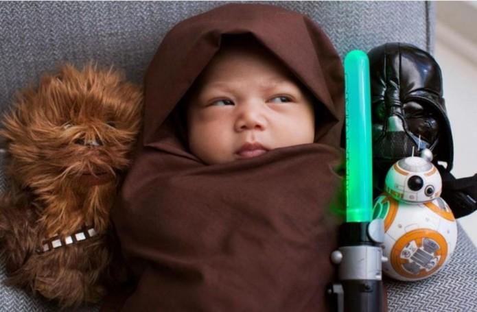 Hija-Mark-Zuckerberg-disfraz-Jedi