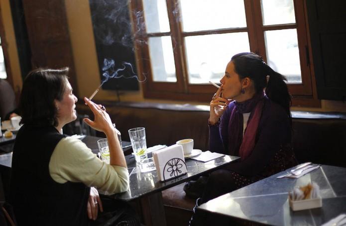 Tematica fumadores restaurantes