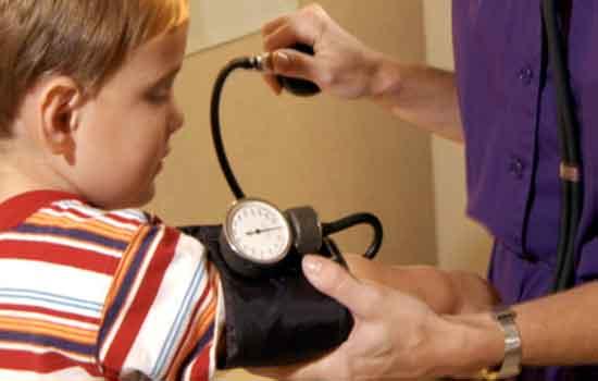 Aumentan casos de hipertensión arterial alta en niños.