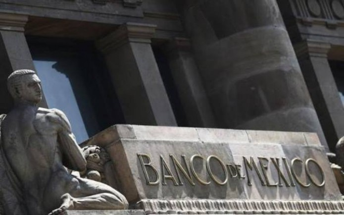 Banxico con sistema financiero estable.
