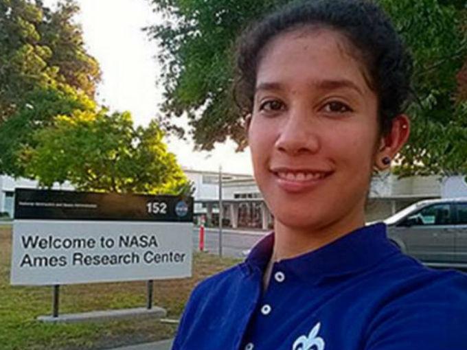Sonia Gamboa en la NASA.