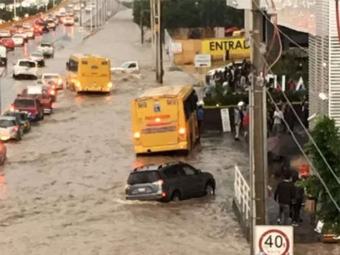 San Luis Potosí, inundado-Gregorio Martínez.