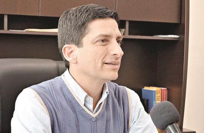 Antúnez no muestra liderazgo en FC: Felipe de Jesús Cantú