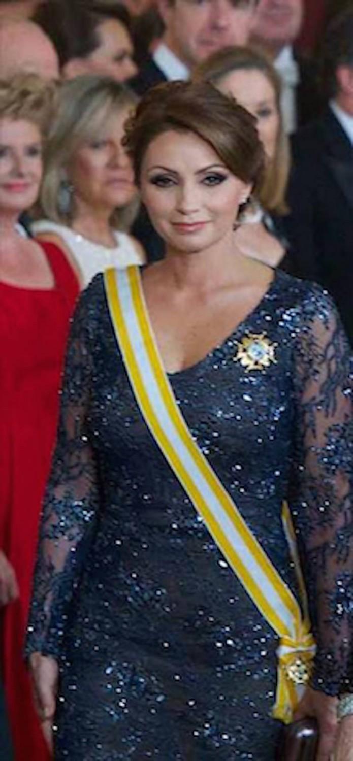 Dará Angélica Rivera Grito con vestido reciclado- Gregorio Martínez.