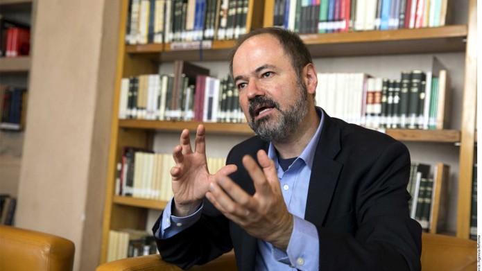 El escritor asegura que el país atraviesa uno de sus peores momentos. Foto: Yucatanalamamo.com