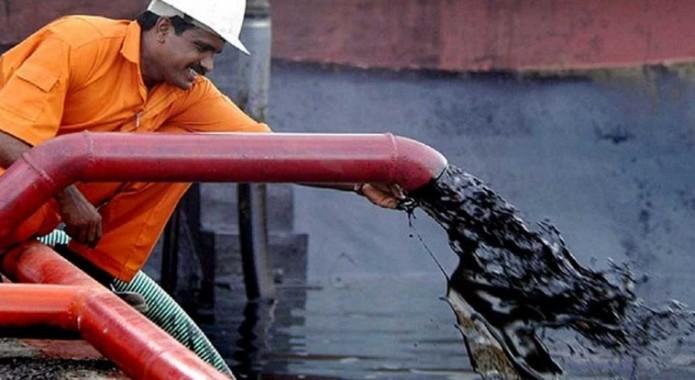 México recibió los cuatro mil 962 millones de dólares por la venta de 147.7 millones de barriles entre enero y agosto pasados. Foto: Cortesía