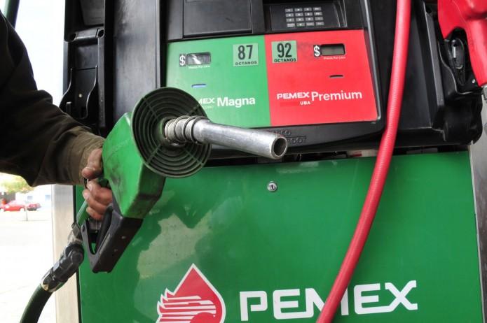 La gasolina Premium subiría el 8.6 por ciento, la Magna el 8.55 por ciento y el diésel sería el de menor aumento, de un 0.66 por ciento. Foto: Cortesía