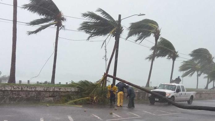 """el gobernador del estado dijo en un reporte que continúa """"muy preocupado"""" por los efectos del huracán, y que el peligro aún no había terminado en el estado. Foto: Cortesía"""