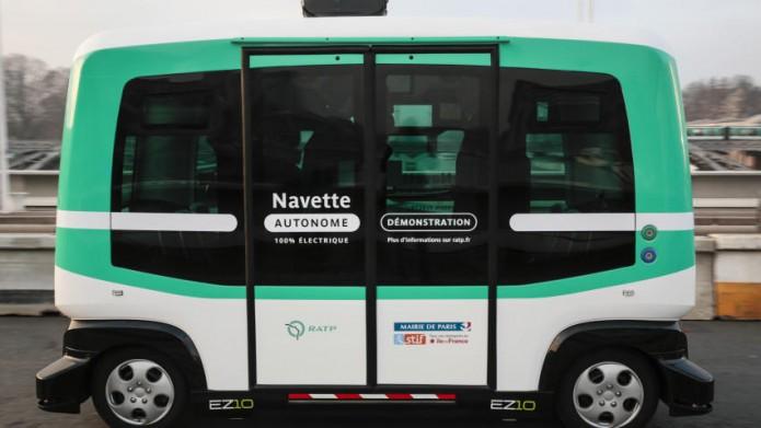 París pone en circulación una serie de minibuses eléctricos sin conductor