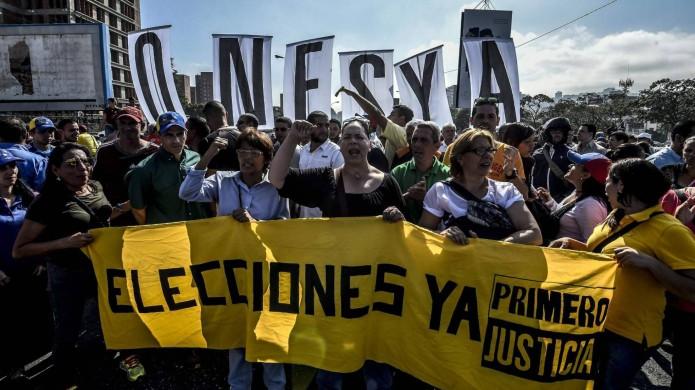 La oposición venezolana da por terminado el diálogo con el Gobierno