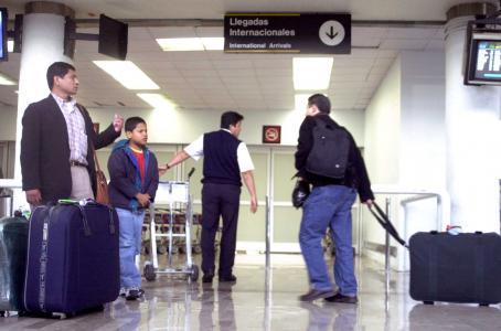 Aeroméxico te cobrará 25 dólares por maleta en vuelos a EU y Canadá