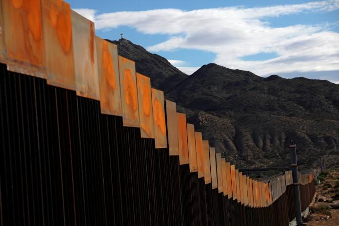 Aseguran que muro fronterizo quedará listo en dos años