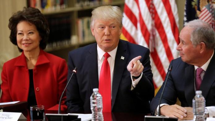 Trump promete 'sorpresas' en el TLCAN