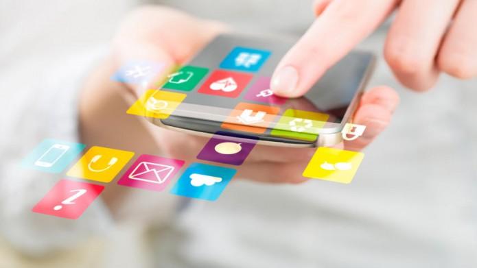 Mexicanos, los mayores usuarios de móviles y apps en América Latina