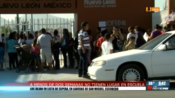 Decenas de estudiantes de secundaria no tienen un lugar asegurado en Nuevo León