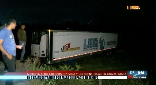 Sigue el escándalo en Jalisco. Encuentran más de 300 cuerpos en dos cajas de trailer