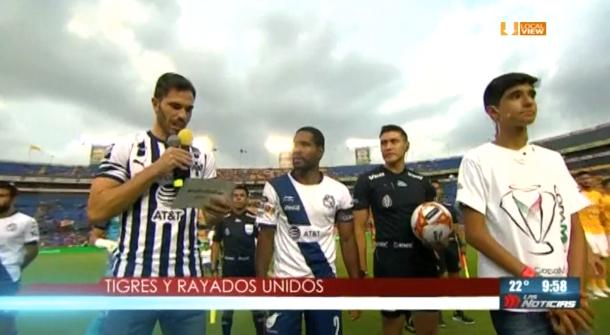 Basanta, Capitán de Rayados, estuvo ayer en el partido de Tigres, en el Estadio Universitario