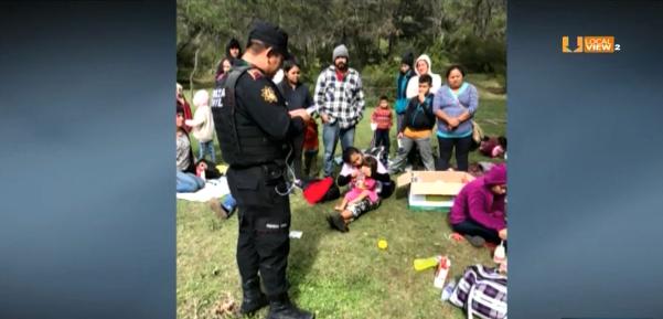 """Rescatan a más de 100 migrantes al sur de Nuevo León. Cuatro presuntos """"polleros"""" fueron detenidos"""