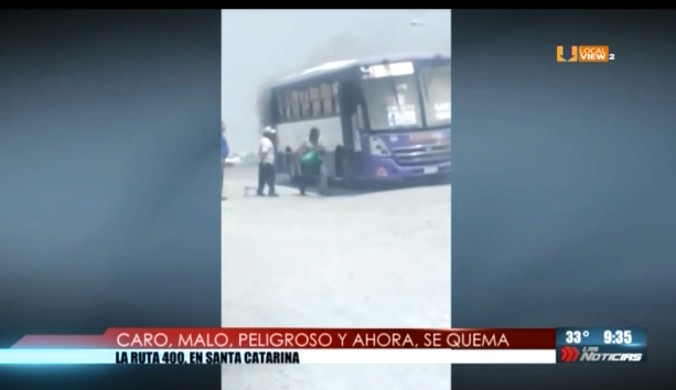 Malo, caro, peligroso y ahora se queman los camiones. Es el transporte público en Nuevo León