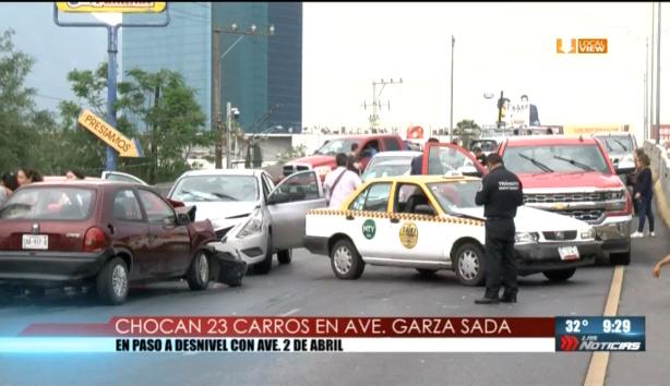 #Video de la mega carambola de ayer por la tarde al sur de Monterrey