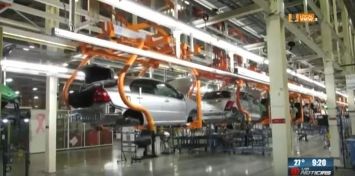 La producción automotriz en México registra la peor caída en 30 años