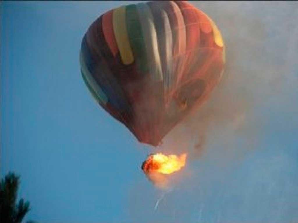 Se incendia globo aerostático en Texas / Foto tomada de twitter