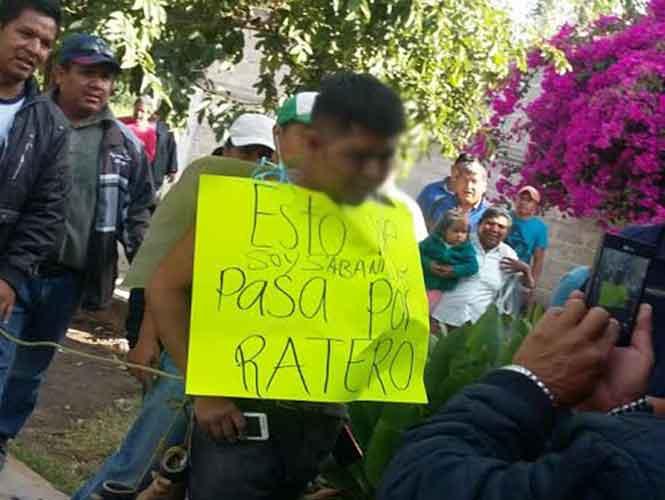 Vecinos humillan a hombre que intentaba robar en un domicilio- Gregorio Martínez.
