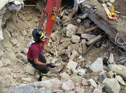 Terremoto en Italia- Gregorio Martínez.