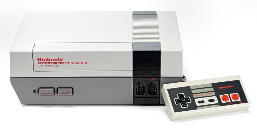 Consola de Nintendo 1- Gregorio Martínez.